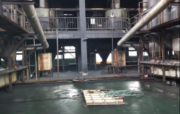 竖管炼汞炉
